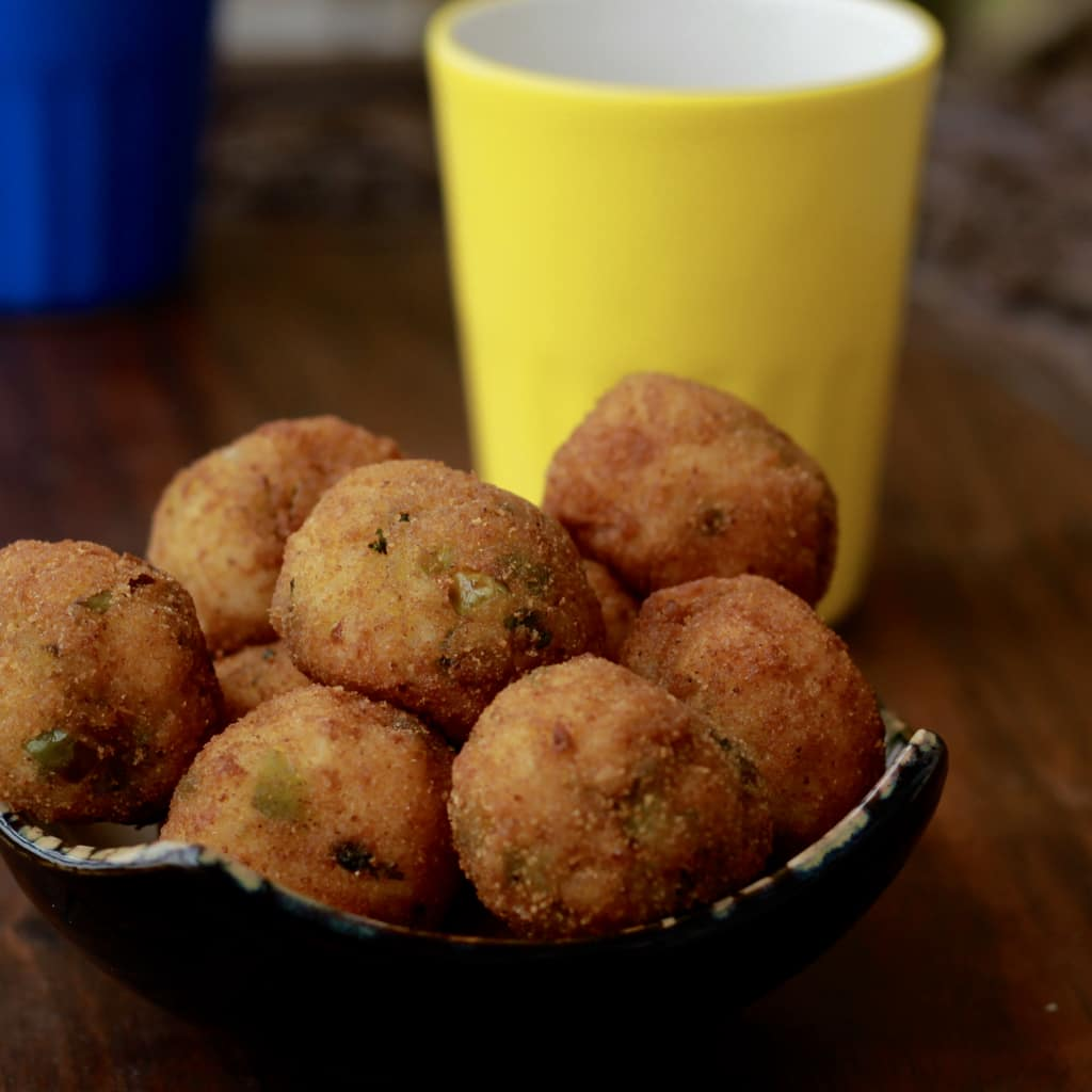 Vegetarian Cutlets ( Cheese Cutlets without Cheese )