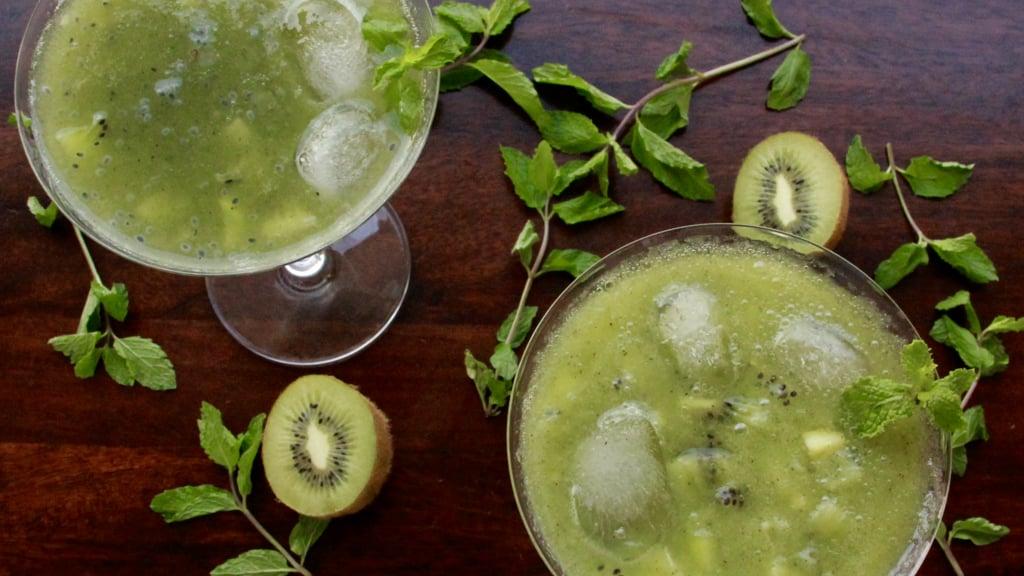 Kiwi Cucumber Cooler ( Cocktail & Mocktail )