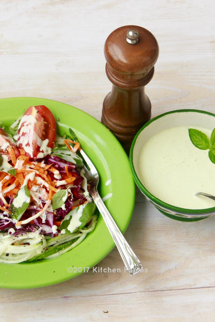 Healthy Salad Dressing / Creamy Basil & Garlic Dip